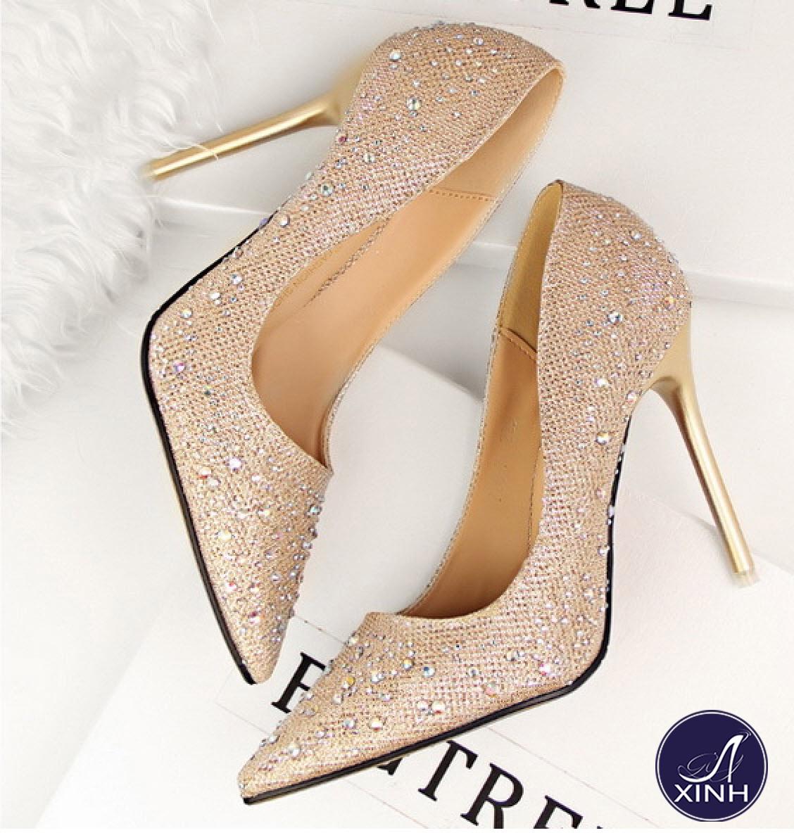 Giày cao gót công chúa ánh kim ngọt ngào