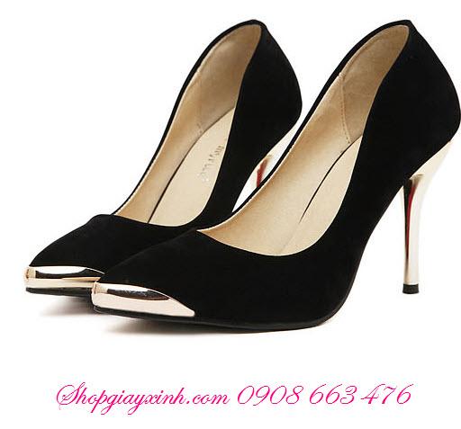 Tất lười thích hợp với những mẫu giày cao gót mũi nhọn !