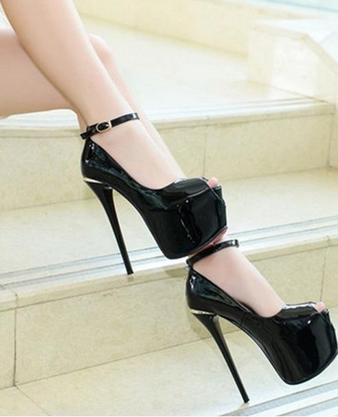 Giày cao gót đơn giản màu trắng cao 15cm GCG0202