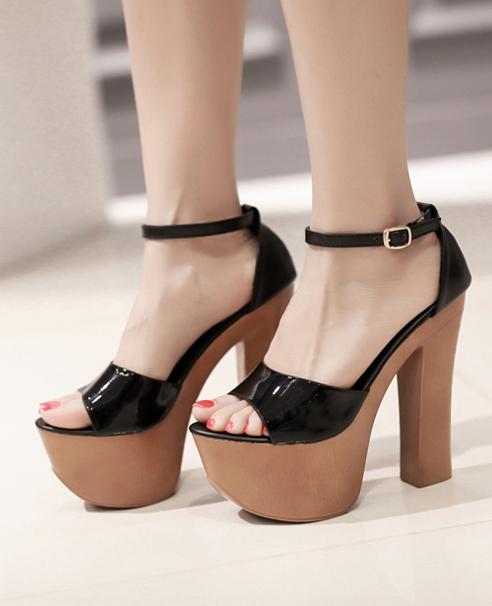 3 mẫu giày cao gót mũi nhọn được yêu thích nhất hiện nay